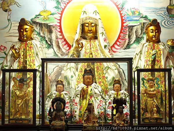 台北大稻埕慈聖宮觀音佛祖、文殊菩薩、普賢菩薩聖像
