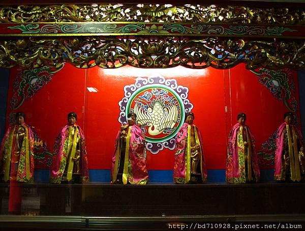 慈聖宮註生娘娘殿虎側十二婆祖聖像