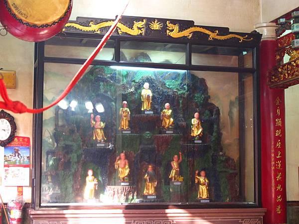 芝山巖惠濟宮圓通寶殿虎側十八尊者聖像