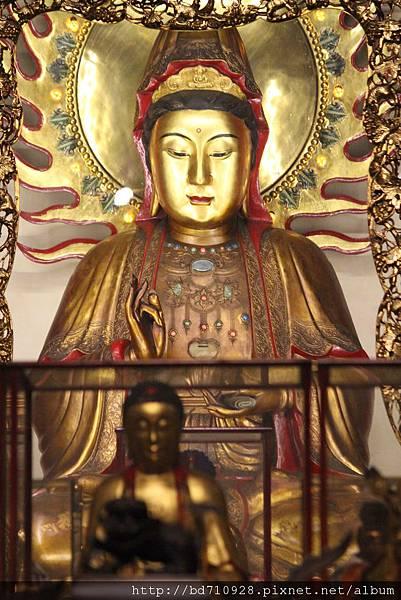 艋舺龍山寺鎮殿觀音佛祖聖像