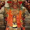 霞海城隍廟正殿龍邊神龕,奉祀:註生娘娘