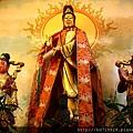 高雄溫王廟二樓正殿。奉祀:觀音佛祖