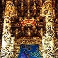 高馬北極殿正殿二樓虎邊神龕,奉祀:溫府千歲