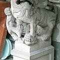 廟前虎邊母石獅