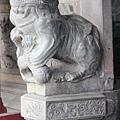 廟前龍邊母石獅