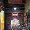 福佑宮正殿龍邊神龕,奉祀:觀音佛祖