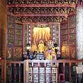 龍鳳巖正殿虎邊神龕,奉祀:天上聖母