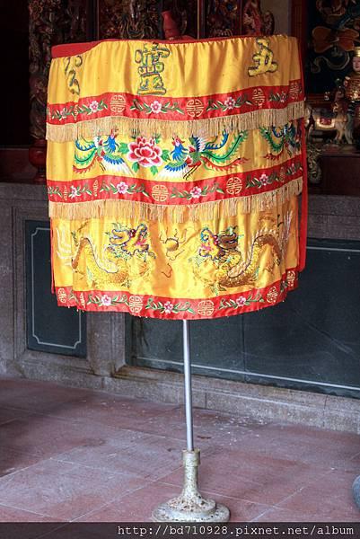 南竿牛峰境五靈公廟涼傘