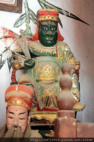 南竿牛峰境五靈公廟(舊廟)鍾部應靈公聖像