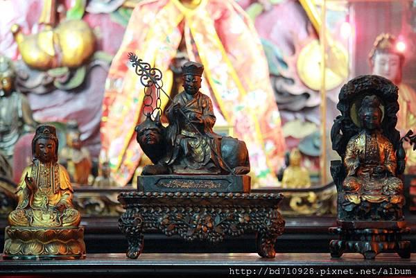 地藏王菩薩、觀音菩薩聖像