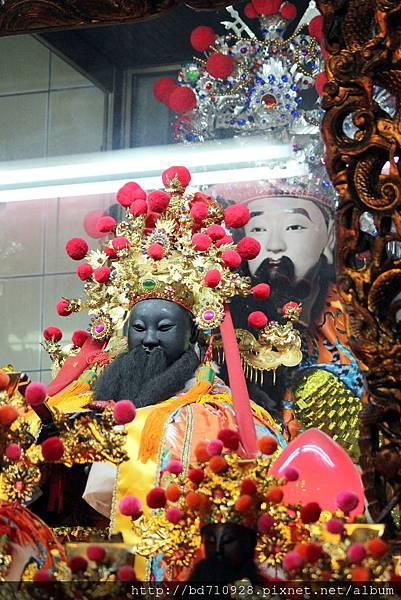 鎮殿護國城隍爺和軟身護國城隍爺聖像