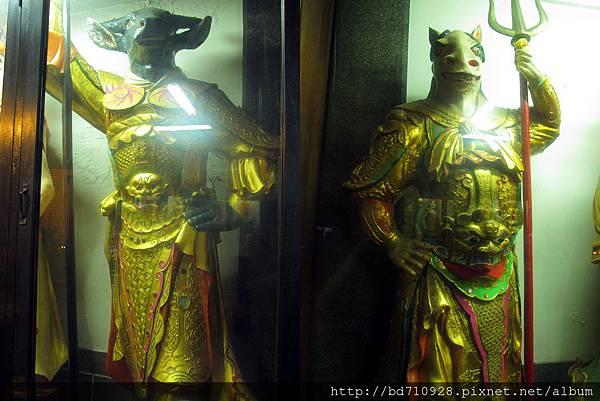 牛將軍、馬將軍聖像