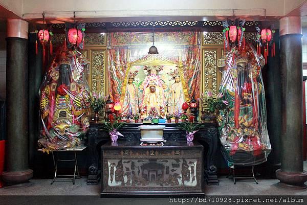 護國城隍廟後殿奉祀城隍夫人和城隍太子