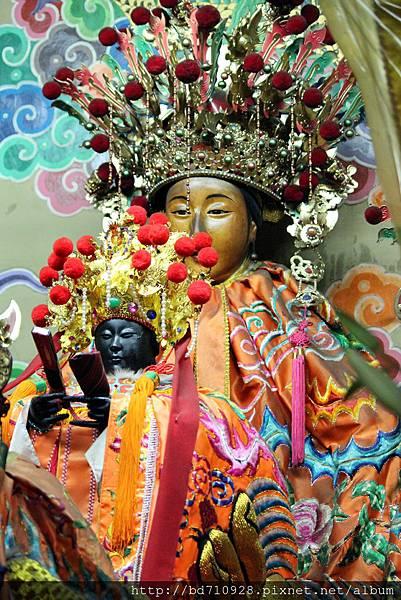 鎮殿城隍夫人和軟身城隍夫人聖像
