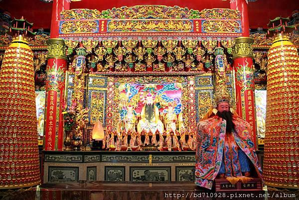奠濟宮正殿主祀開漳聖王,即唐朝陳元光將軍