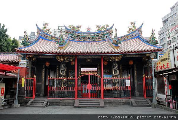 清水巖廟貌