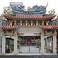 艋舺清水巖廟前大門牌樓