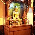 福和宮佛祖殿龍邊神龕,奉祀:釋迦牟尼佛