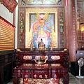 聖德宮瑤聖殿虎邊神龕,奉祀:地母娘娘