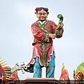 瑞芳瑞福宮廟頂上進寶童子塑像