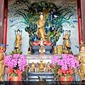 台東龍鳳佛堂二樓大雄寶殿列位尊神聖像