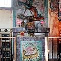 鳳凰宮正殿虎邊神龕,奉祀:福德正神