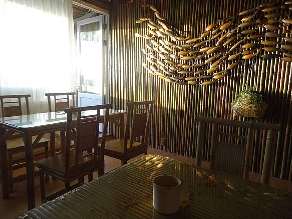 .1頂樓海景餐廳 (8).JPG