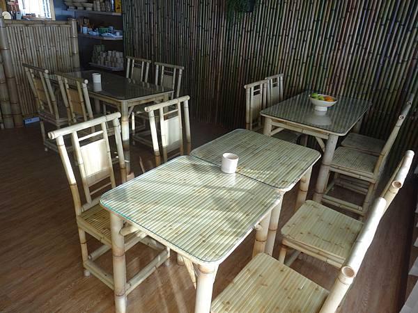 .1頂樓海景餐廳 (13).JPG