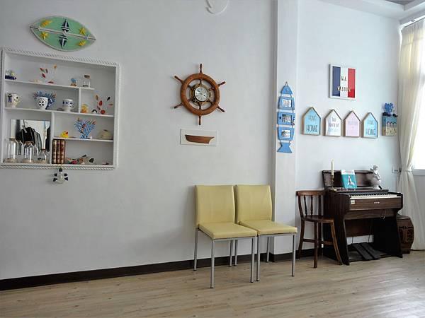 1b小別墅客廳.JPG