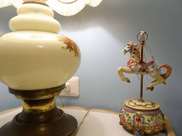 3a.1法式浪漫風情浴缸雙人房.JPG