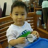 1Y11M+ 阿寶第一次外食at媽媽廚房