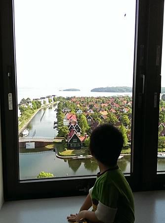 豪斯登堡JR大倉-房間窗景