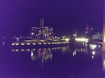 豪斯登堡-風車夜景