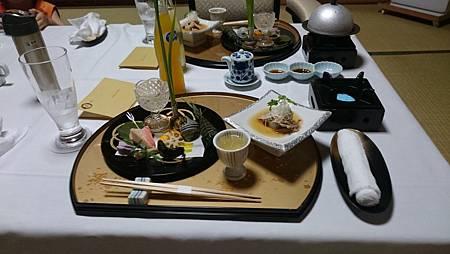 """湯布院山燈館-晚餐的""""前菜"""""""