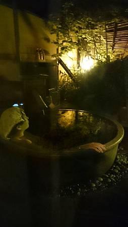 湯布院山燈館-房內的小庭院+露天溫泉