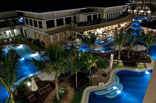 henann-lagoon-resort.jpg