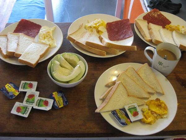 我們大家的早餐