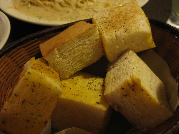 附餐吐司麵包