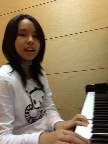 鋼琴-意婷