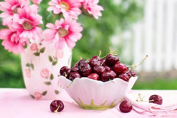 cherries-in-a-bowl-773021_1280.jpg