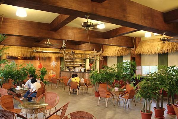 二樓則是咖啡廳