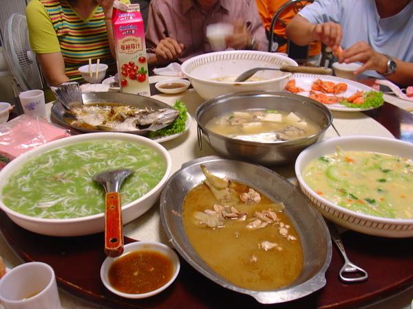 林邊這是我們的第一餐