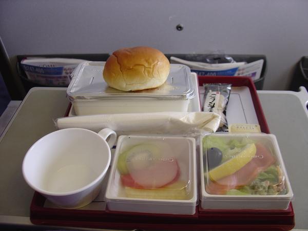 經濟艙餐盒1.JPG