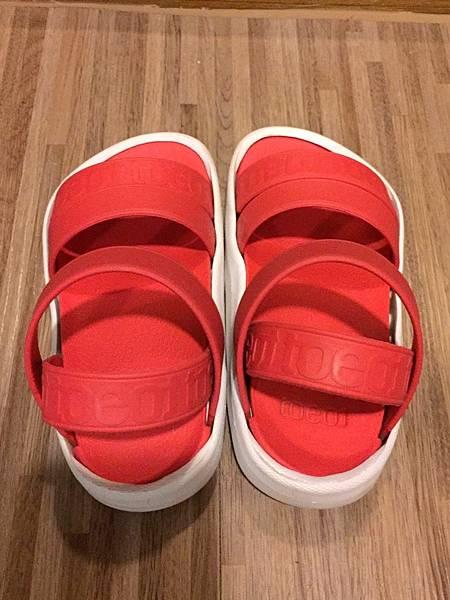韓國拖特鞋照_170828_0004.jpg