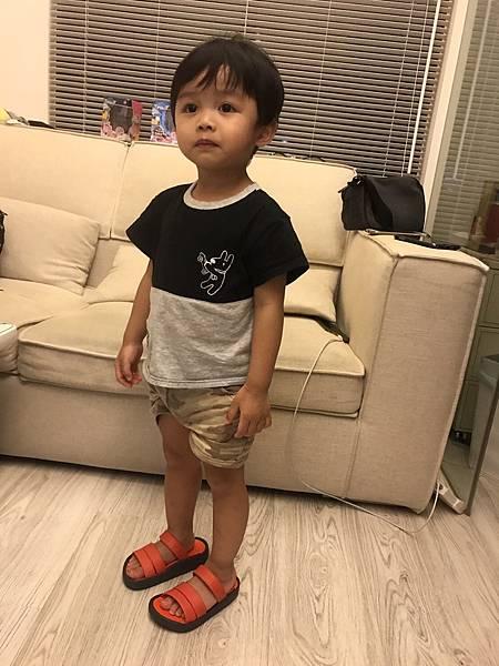 兒童涼拖鞋_170904_0001