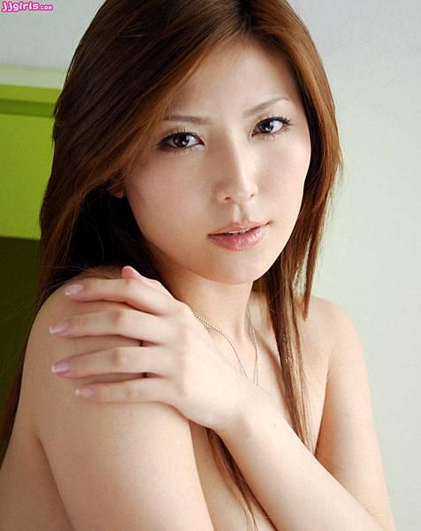 椎名ゆな_004