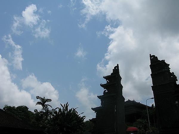海神廟蔚藍的天空