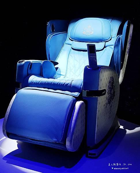 躺著雙倍享受OSIM 4手天王按摩椅,給自己最極致按摩的犒賞