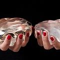 紅指甲義乳.jpg