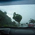 下一秒開始下起傾盆大雨